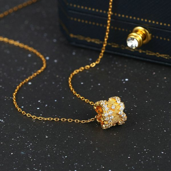 LAMOON 925 Sterling Silver Pendant Neckelace For Women Light Gold Plated Jewellery Star CZ Diamond Necklaces Fine Jewelry Ni084