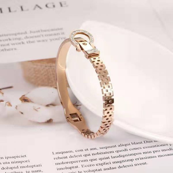 OUFEI Rose Gold Cuff Bracelet Stainless Steel Jewelry Woman Vogue 2019 Love Bangle Jewellery Accessories Free Shipping